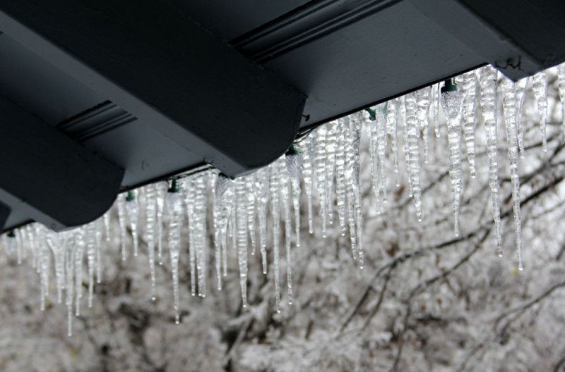 Roof icicles | via @veritasphotog